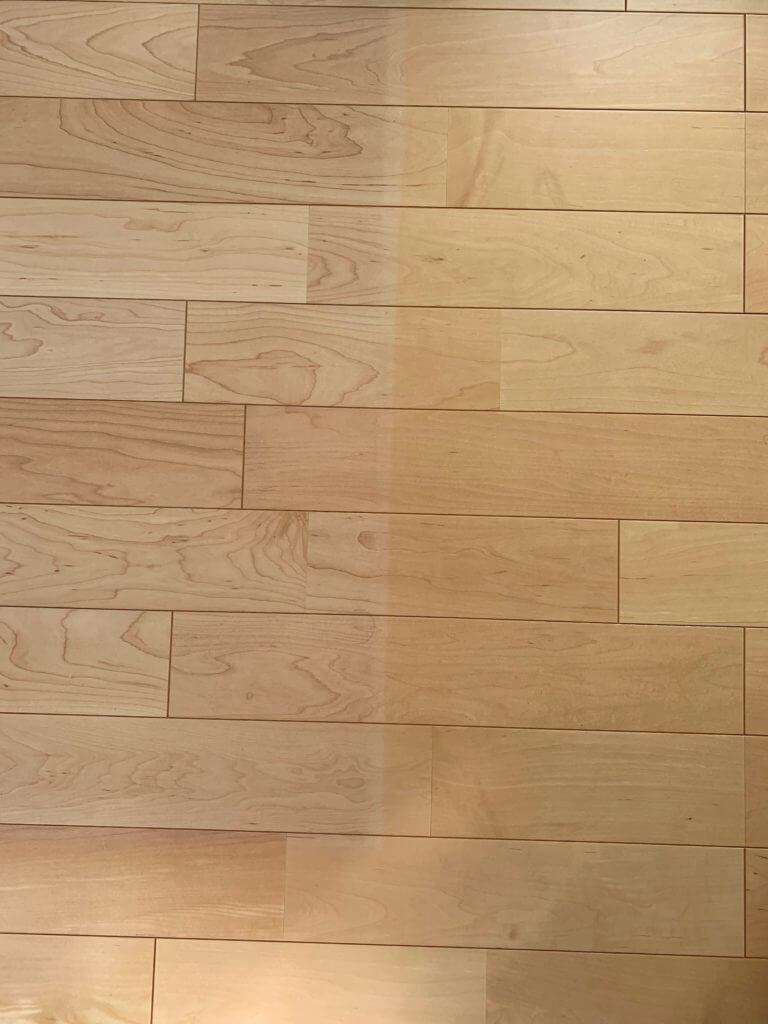 無印良品の木の家4年住んだ床の色