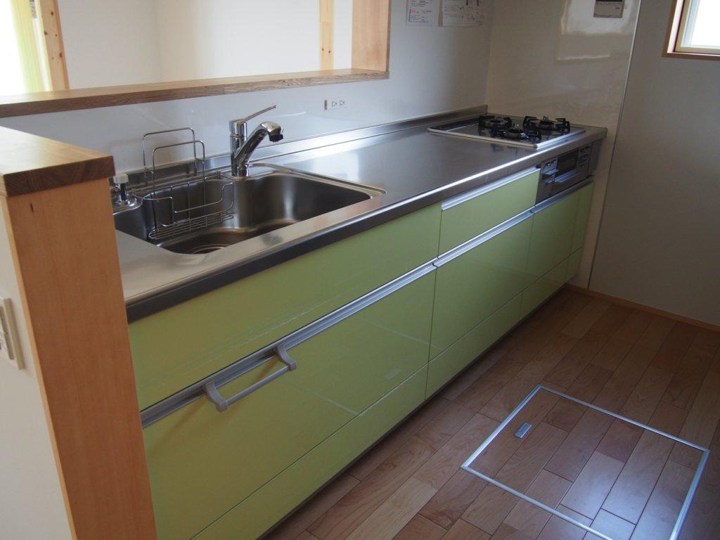 無印良品の木の家のリビングのキッチン