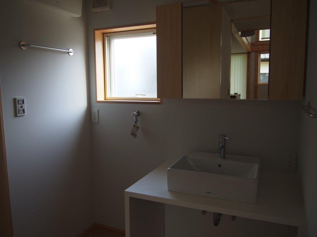 建築した、無印良品の木の家の洗面所