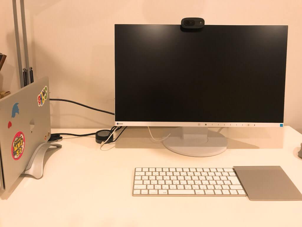Macbookのクラムシェルモードのスタンド