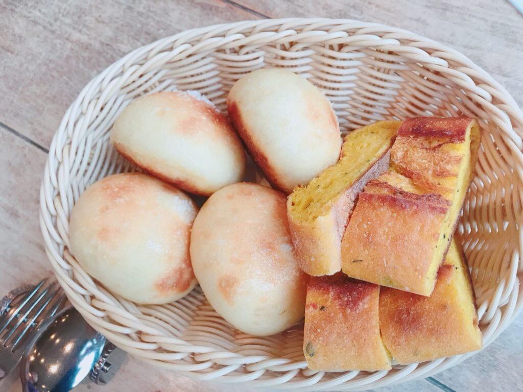 カーブドッチのコース:パン