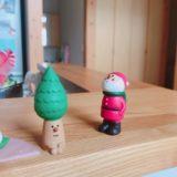 無印良品の木の家のクリスマスの飾り:サンタと木