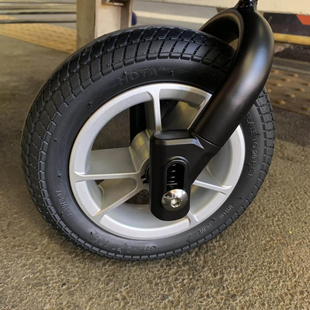 アップリカのスムーブの写真、タイヤ部分
