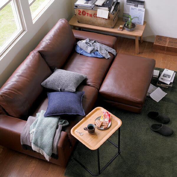 ソファーに無印良品のベッドサイドテーブルを置いた場合