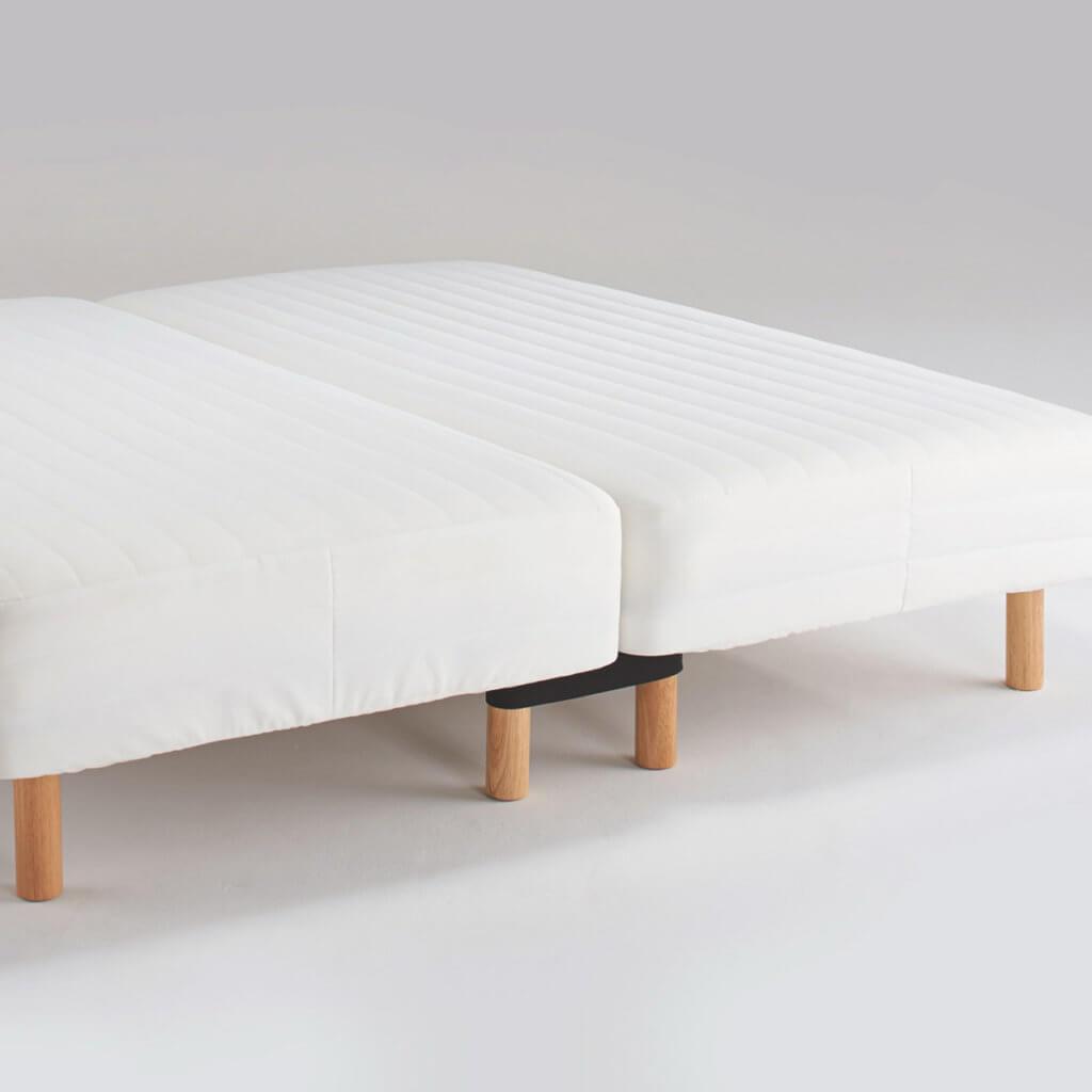 無印良品のベッドを2台つっくけた図