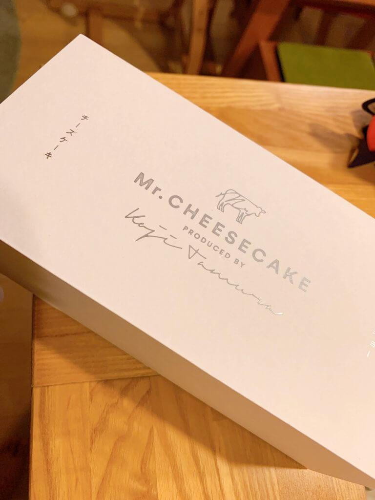 ミスターチーズケーキの外箱
