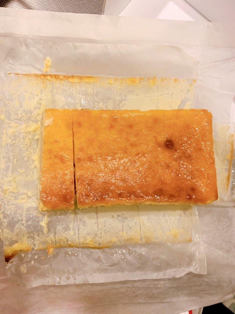 ミスターチーズケーキを切ったところ