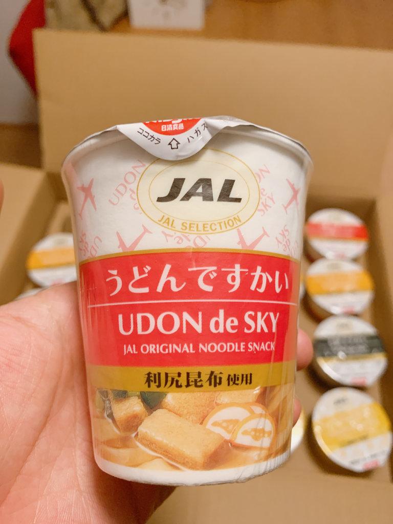 JALの「うどんですかい」のパッケージ