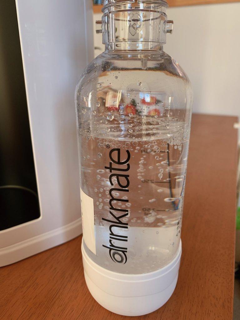 炭酸メーカー、ドリンクメイトで作った炭酸水(ボトル)
