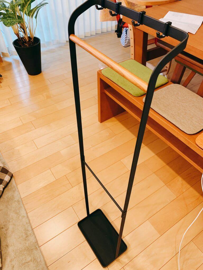 木と鉄で出来たオシャレな玄関傘立て(完成)