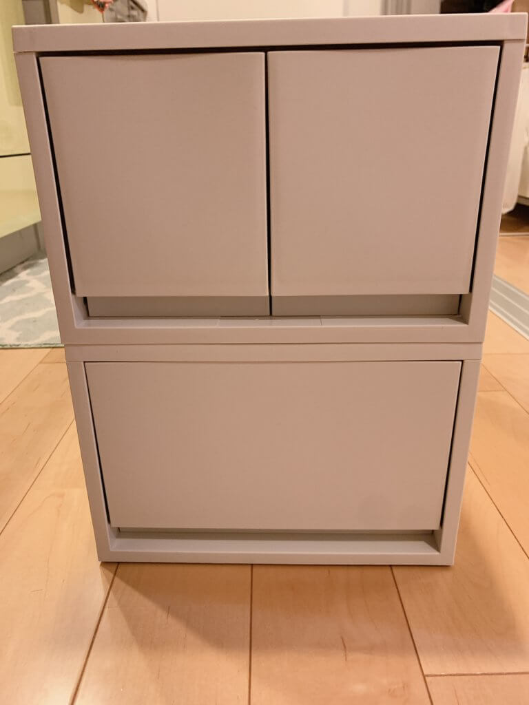 洗面台下用の無印良品の収納、ホワイトの小さな引き出し