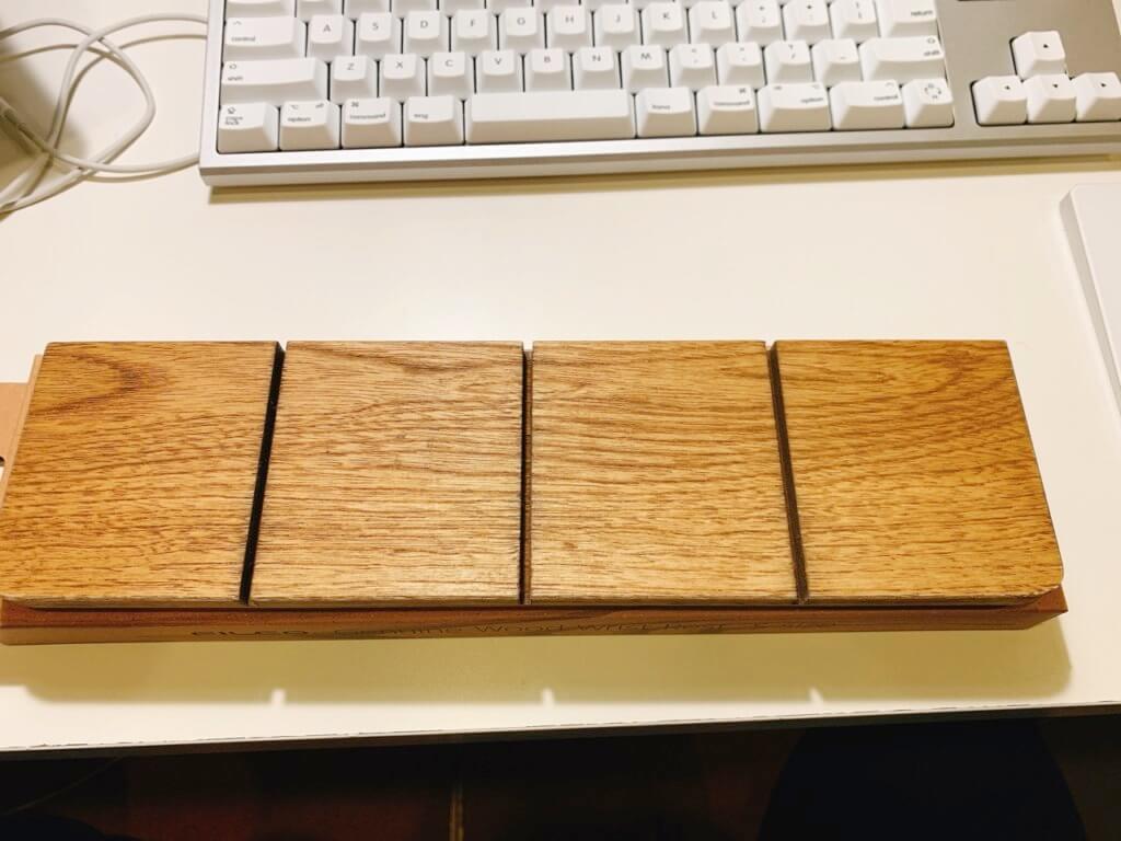 FILCO 木製キーボードリストレストの本体(裏面)