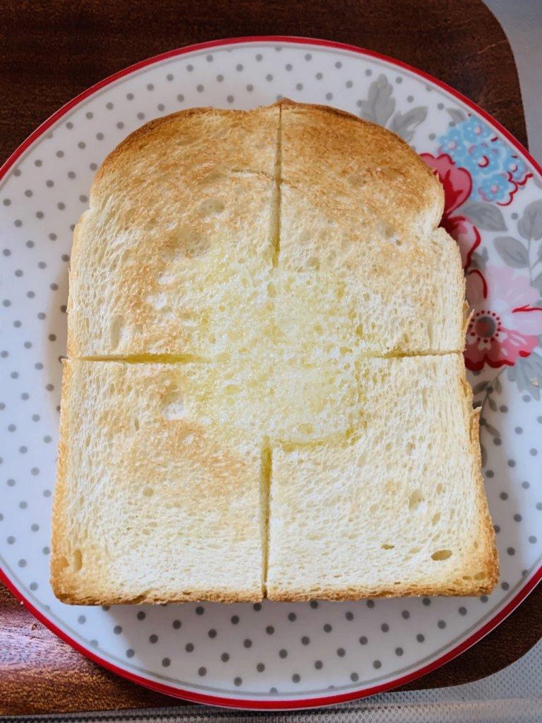 BALMUDAのトースターでパンを焼いた