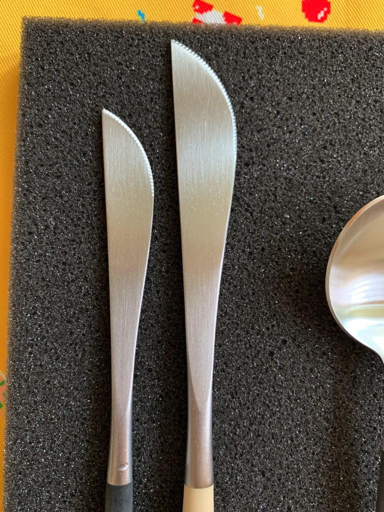 クチポール GOAのディナーナイフとデザートナイフの大きさの違いを比較