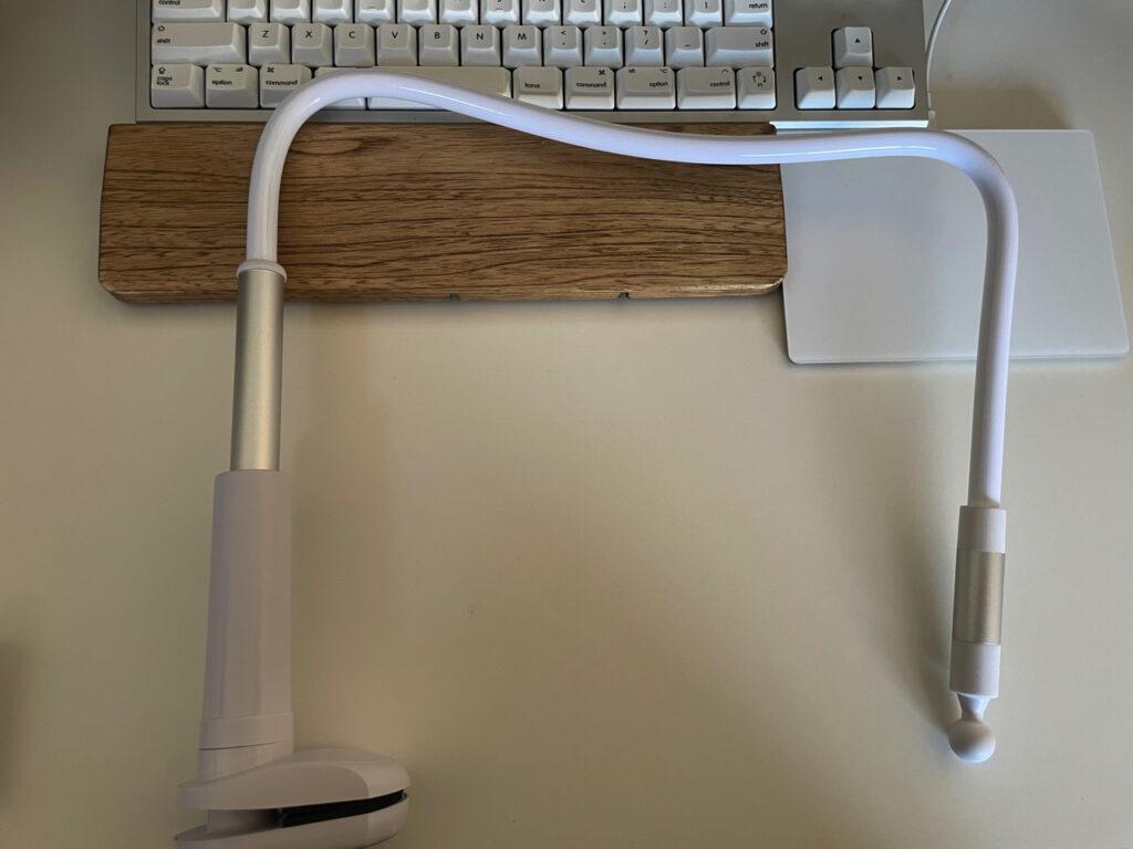 デスク用の最強のiPad miniスタンドの外観